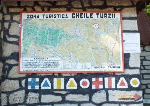 Panou informativ la intrarea in Ceie Turzii