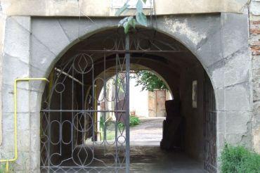 Turnul portii vazut din exterior