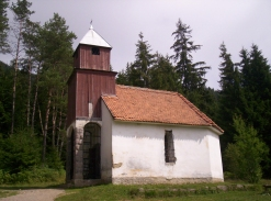 Capela de langa Lacul Sfanta Ana