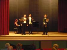 Spectacol Opera Night - tenorii Mircea Șonea, Cristian Zaharia și Marius Bălășescu pe scena teatrului din Oravița