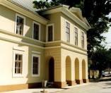 """Teatrul vechi """"Mihai Eminescu"""", primul teatru din Romania si sud-estul Europei"""