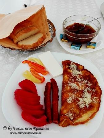 Mic dejun la Hotel Andre's, Craiova