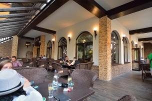 restaurant-queen (1) tripadvisor
